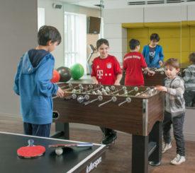 HH-Kids-Playing
